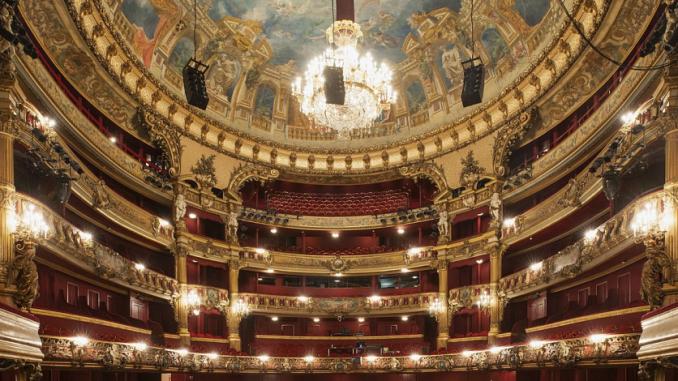 Grande salle du Théâtre Royal de la Monnaie à Bruxelles
