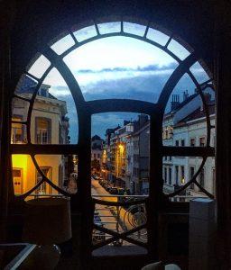 Phogtaphie d'une fenêtre de l'Hotel Ciamberlini