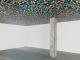 Gregor Hildebrandt, Where I switch to the other side (Paar), 2019 (détail). Vinyles découpés, bois, 122x122x200 cm.